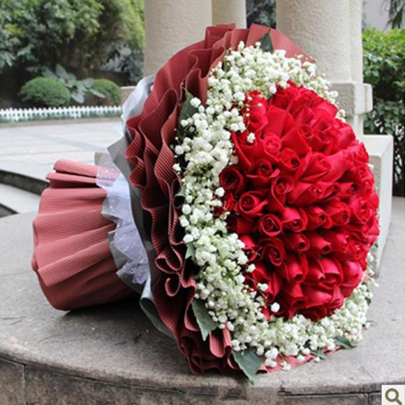 99朵红玫瑰 圆形花束 咖啡色包装 高端大气 同城配送