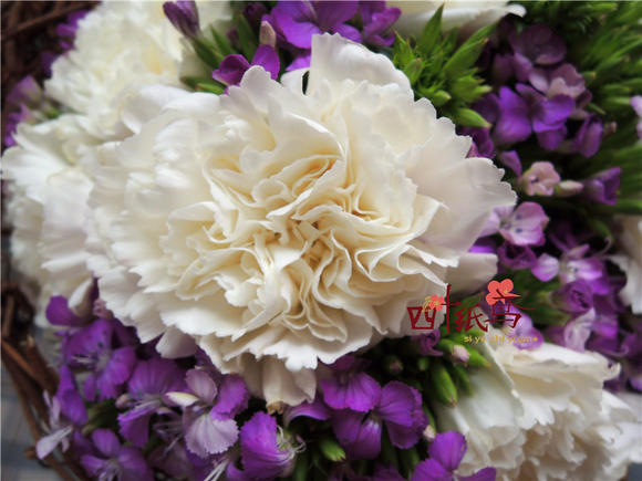 四叶纸鸢 妈妈的手捧花梦幻系列 母亲节必送 深圳鲜花