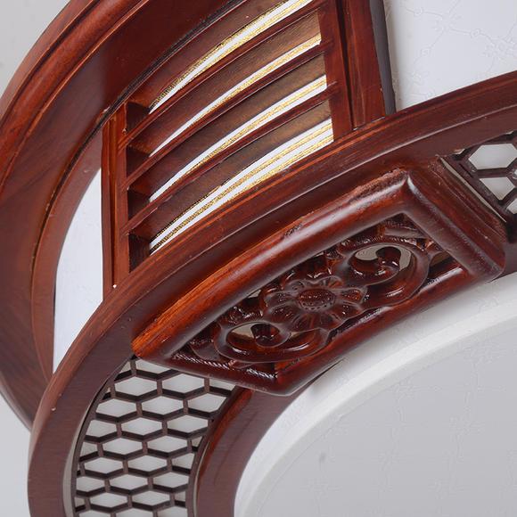 实木边框 精美手工雕刻 仿羊皮面罩 打造现代中式风情 客厅灯 卧室灯