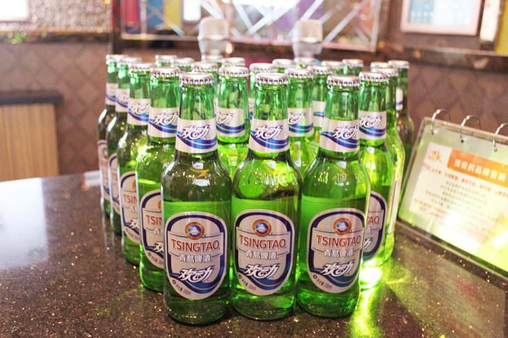 青岛欢动啤酒图片