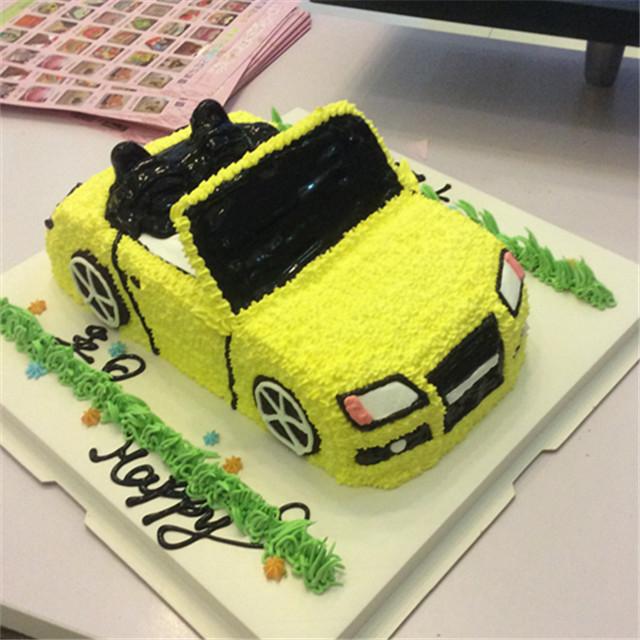 a梦造型蛋糕工作室---汽车模型奥迪tt造型蛋糕