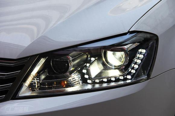 12-15款大众新迈腾 大灯总成 含氙气灯 led日间行车灯