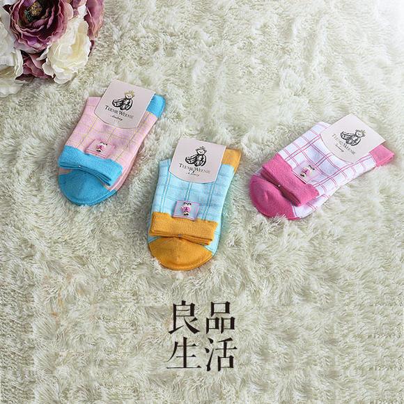 货号024 可爱卡通小熊胶标女袜子 纯棉手工中筒袜女