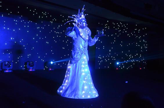 广州夜光水晶球表演-预定图片