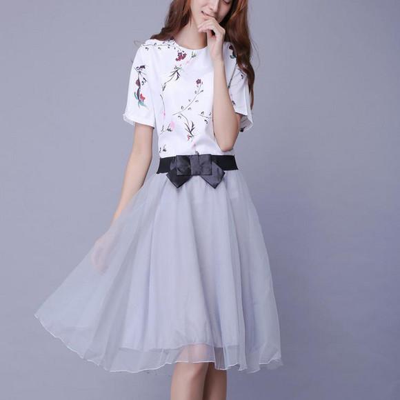 网纱裙搭配什么上衣_蓬蓬裙搭配什么上衣图片
