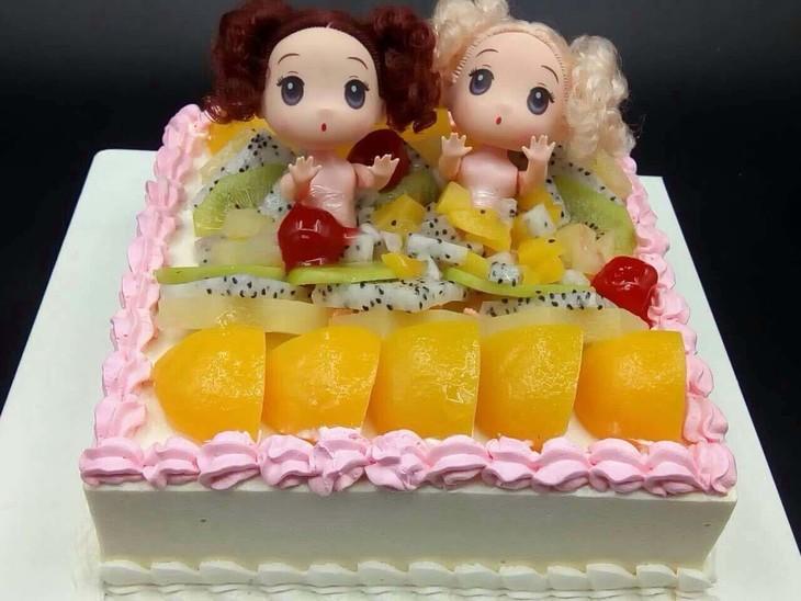 芭比水果慕斯蛋糕-公主们的不二之选