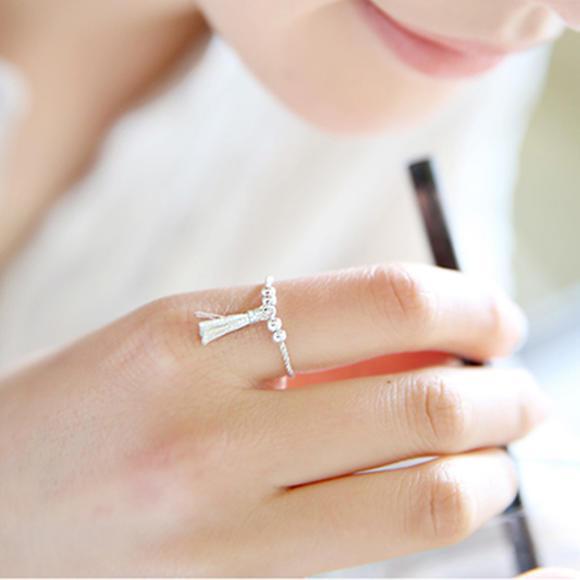 韩国正品代购 创意手工细绳编织银珠戒指 时尚小流苏