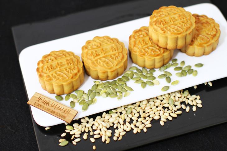 散装广式月饼 | 半素半仙食间月饼 纯手工制作 无添加图片