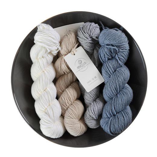 【云暖】100%美丽诺羊毛粗毛线 100克/绞 手编棒针线毛衣线围巾线 编织人生 商品图4
