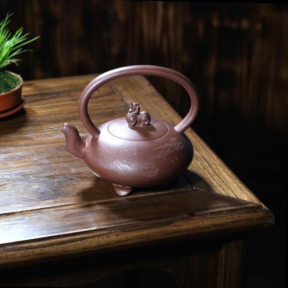 宜兴紫砂壶 国家级助理工艺美术师 林小龙 紫泥 玄武图片