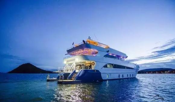 支付: 微信支付银行卡商品详情 tapana catamaran 塔帕纳号是目前泰国