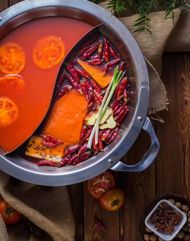 香天下火锅 之 番茄鸳鸯锅