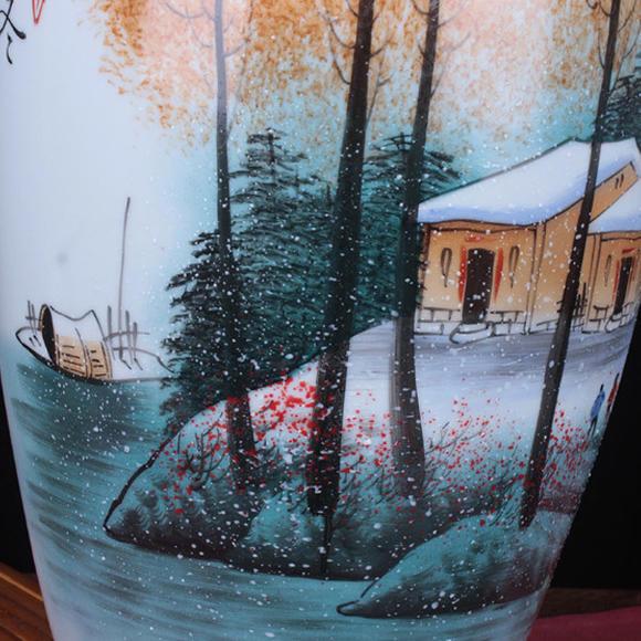 精致大师手绘(雪景图)陶瓷花瓶大号