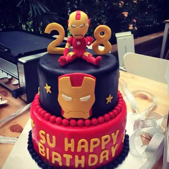 钢铁侠翻糖蛋糕图片