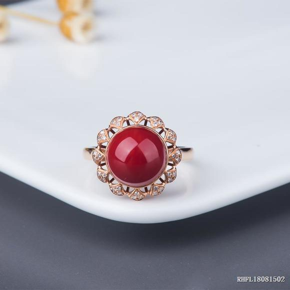 18k金镶钻阿卡红珊瑚圆珠戒指