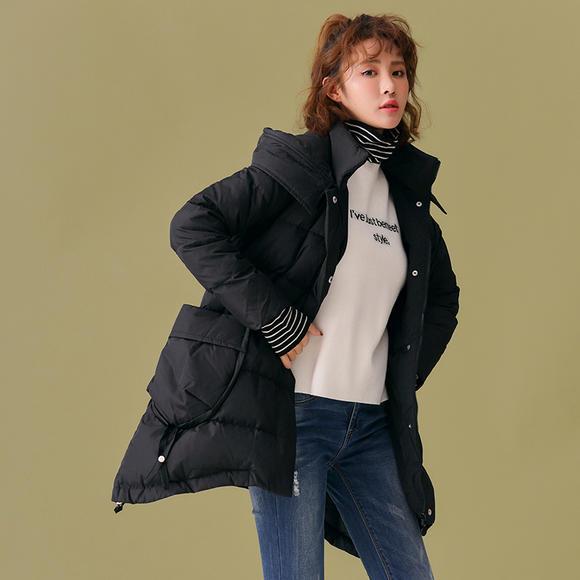 潮流前线2018年冬季新品女款休闲时尚个性大口袋宽松中长款羽绒服
