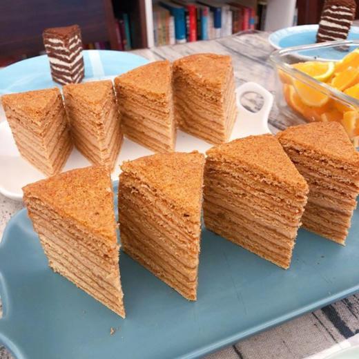 【进口版】俄罗斯进口版提拉米苏双山系列GKK蜂蜜奶油味多层蛋糕每个500g每个两种口味 商品图4