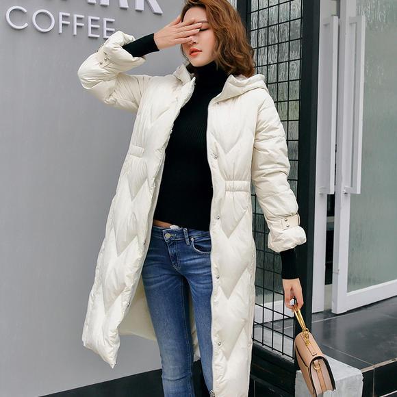 n潮流前线2018冬季新品女款羽绒服长款保暖韩版修身女