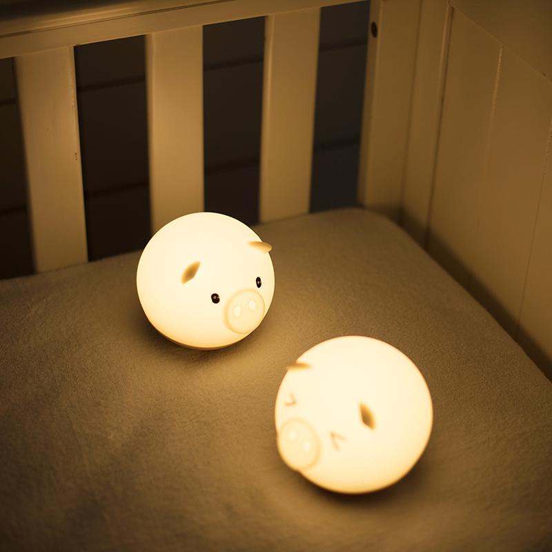 Flydee捣蛋猪情感灯 可爱暖心小灯 声控调光 不倒翁设计 减压神器 商品图0