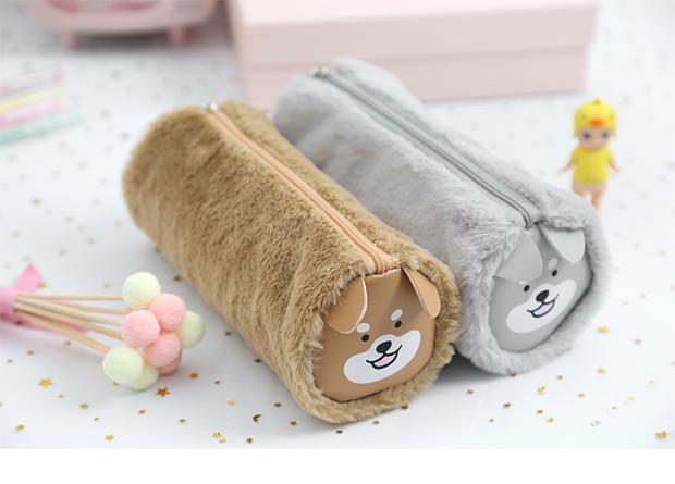 三年二班可爱小动物造型圆筒毛绒笔袋大容量学生铅笔袋创意收纳袋