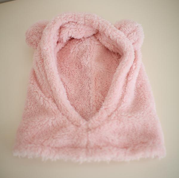 禾陶成衣原创儿童冬季保暖柔软珊瑚绒儿童帽子围脖一体小熊宝宝