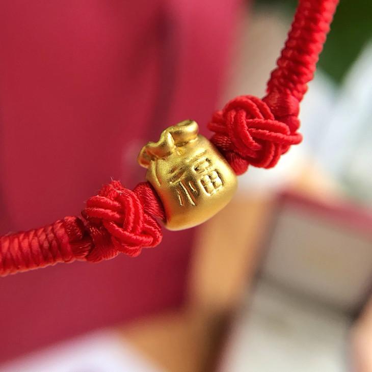 因为是全手工编织绳,一个熟手大工 两天也才出二十来串而已,所以我们
