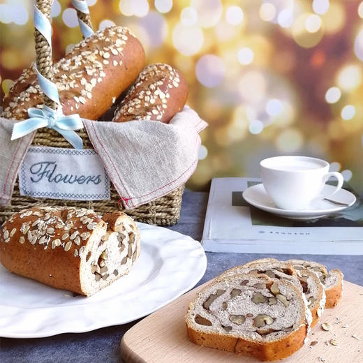 新疆俄罗斯风味列巴 面包早餐 果仁黑麦两种口味 365克*2 商品图2