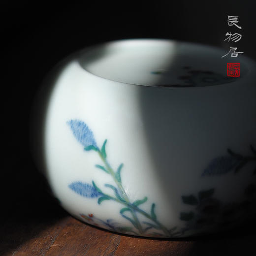 长物居 手工陶瓷斗彩花卉纹书镇 商品图2