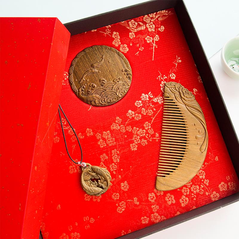 周广胜情人节礼物檀木梳礼盒便携镜子七夕送女友礼品表白创意礼物 商品图2