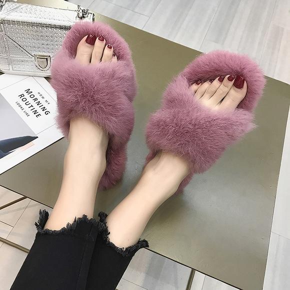 【好看到忍不住穿出街的时髦拖鞋】新款炸毛款!出口日本品质的时尚毛绒拖鞋 6种款式可选