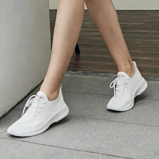 不怕水的英国 Rockfish 小白鞋!梅根王妃怀孕都穿,防雨防污,显腿长! 商品图4