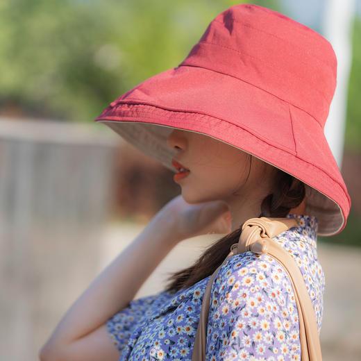 【火爆 INS的双色遮阳帽!谁带谁脸小】出街百搭利器,抗紫外线男女款防晒帽,轻便可折叠易携带 商品图7