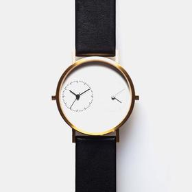Kitmen Keung 跨越距离的爱双时区腕表|黑皮白底 2 款(香港)