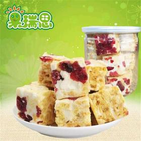 果瑞思零食蔓越莓沙琪玛 牛轧糖 香酥小点心 罐装