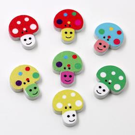 木质蘑菇扣彩色蘑菇扣草莓扣子儿童卡通纽扣扣子服装辅料装饰扣子