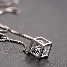 石遍天【E】爱之窗:八心八箭锆石 地球上形成最古老的矿物之一 配礼盒