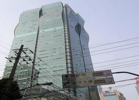 全新的办公环境,视野开阔科技感办公室!【黄浦/海通证券大厦/1644】——订金
