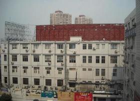 现代风格办公楼办公室,创业好选择!【虹口/新光都市工业园/1655】——订金