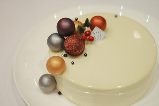 圣诞款白巧克力覆盆子慕斯蛋糕WHITE CHOCOLATE RASPBERRY MOUSSE CAKE  商品图3