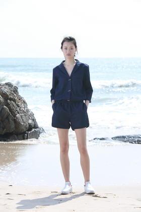SYUSYUHAN慵懒帅气法式男孩风阔脚短裤牛仔条纹连体裤