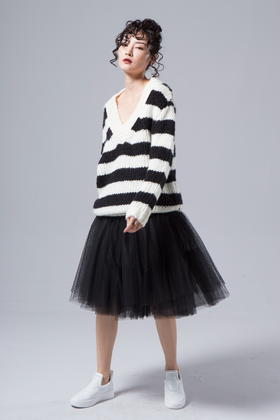 原创设计暗黑又时尚独立的五层大摆黑网纱半裙朋克摇滚