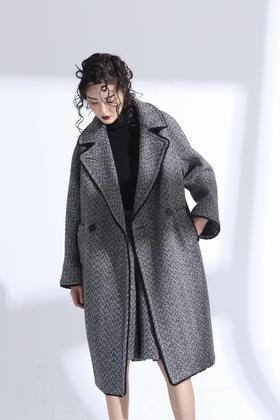 设计师羊毛经典人字纹立体挺括剪裁气质轮廓长大衣