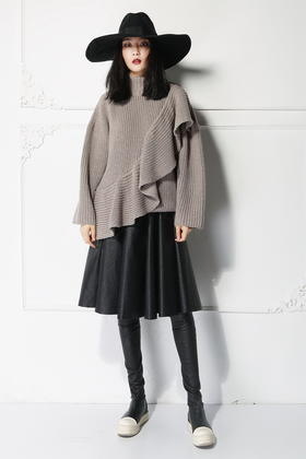 SYU HAN原创设计 独特立体荷叶边造型感 羊毛混纺粗针宽松大毛衣