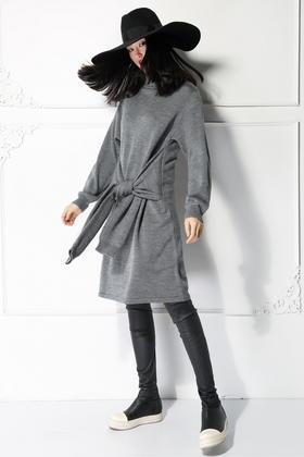 SYUSYUHAN超强搭配感多袖子造型羊毛毛衣裙