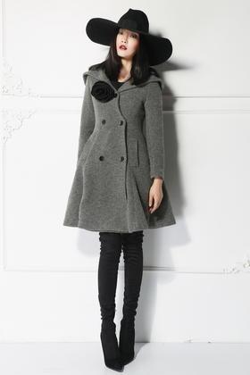 设计师女人味深V领羊毛混纺毛感呢收腰修身裙摆式大衣