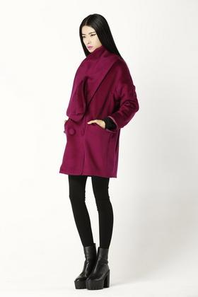 原创设计独家缎面光泽超级手感羊毛面料带围巾呢大衣
