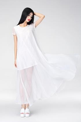 SYU HAN原创设计新品推荐 高端雪纺两穿大摆透视长裙 黑白两色