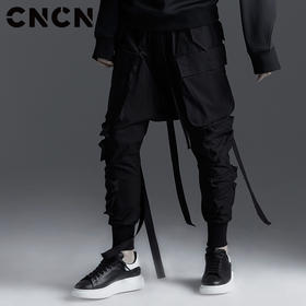 CNCN男装 酷炫潮流立体口袋休闲裤 男士个性织带裤子CNBK19093