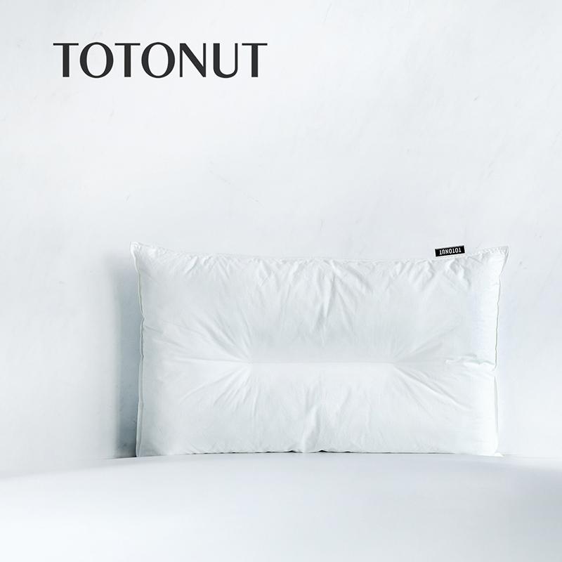 TOTONUT  深度睡眠枕 护颈保健 护颈枕头【D】