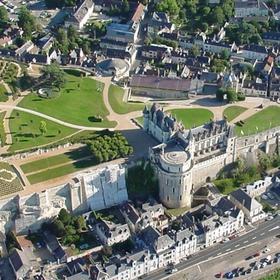 卢瓦尔河谷城堡直升机观光之旅